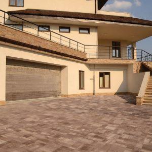 Тротуарна плитка оздоблення території у Вінниці від салону тротуарної плитки «Melius» Фото