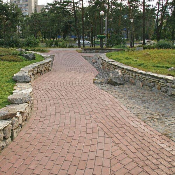 Фото тротуарної плитки у місті від салону тротуарної плитки «Melius» у Вінниці