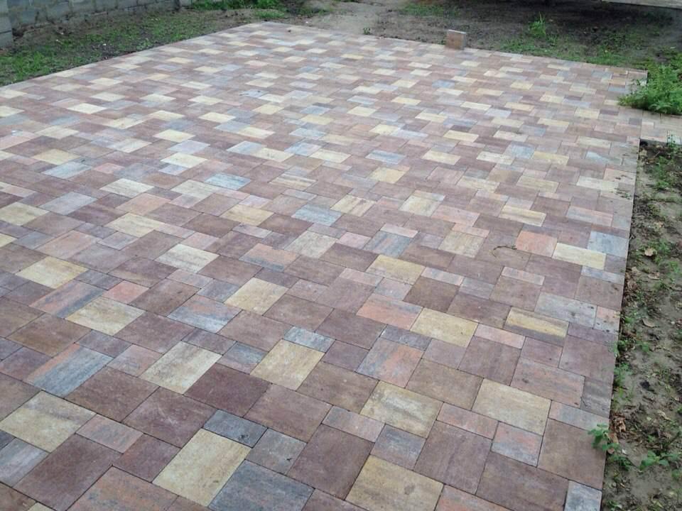 Різнокольорова тротуарна плитка від салону тротуарної плитки «Melius» Вінниця
