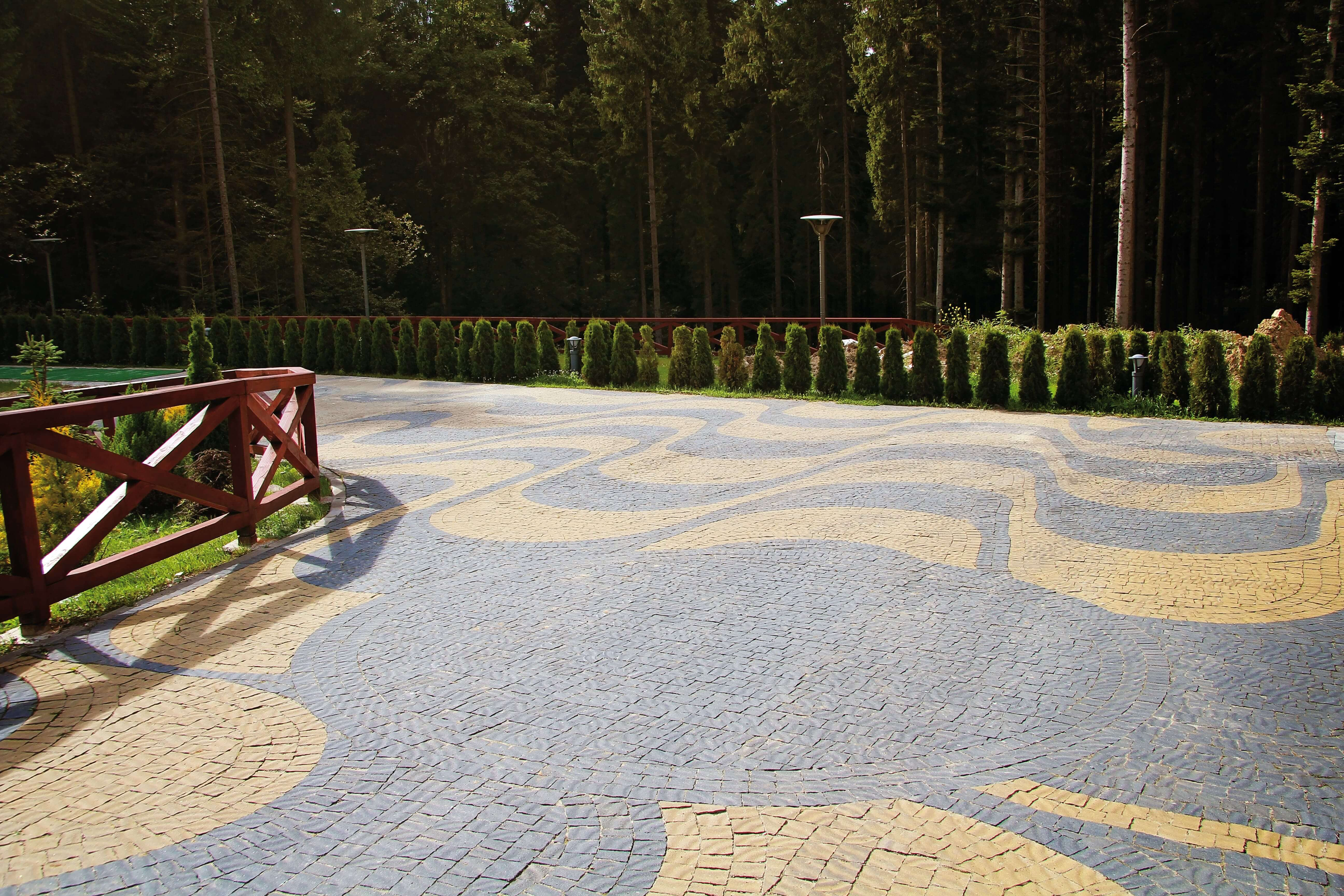 Фото декоративна тротуарна плитка, Спосіб укладки у Вінниці