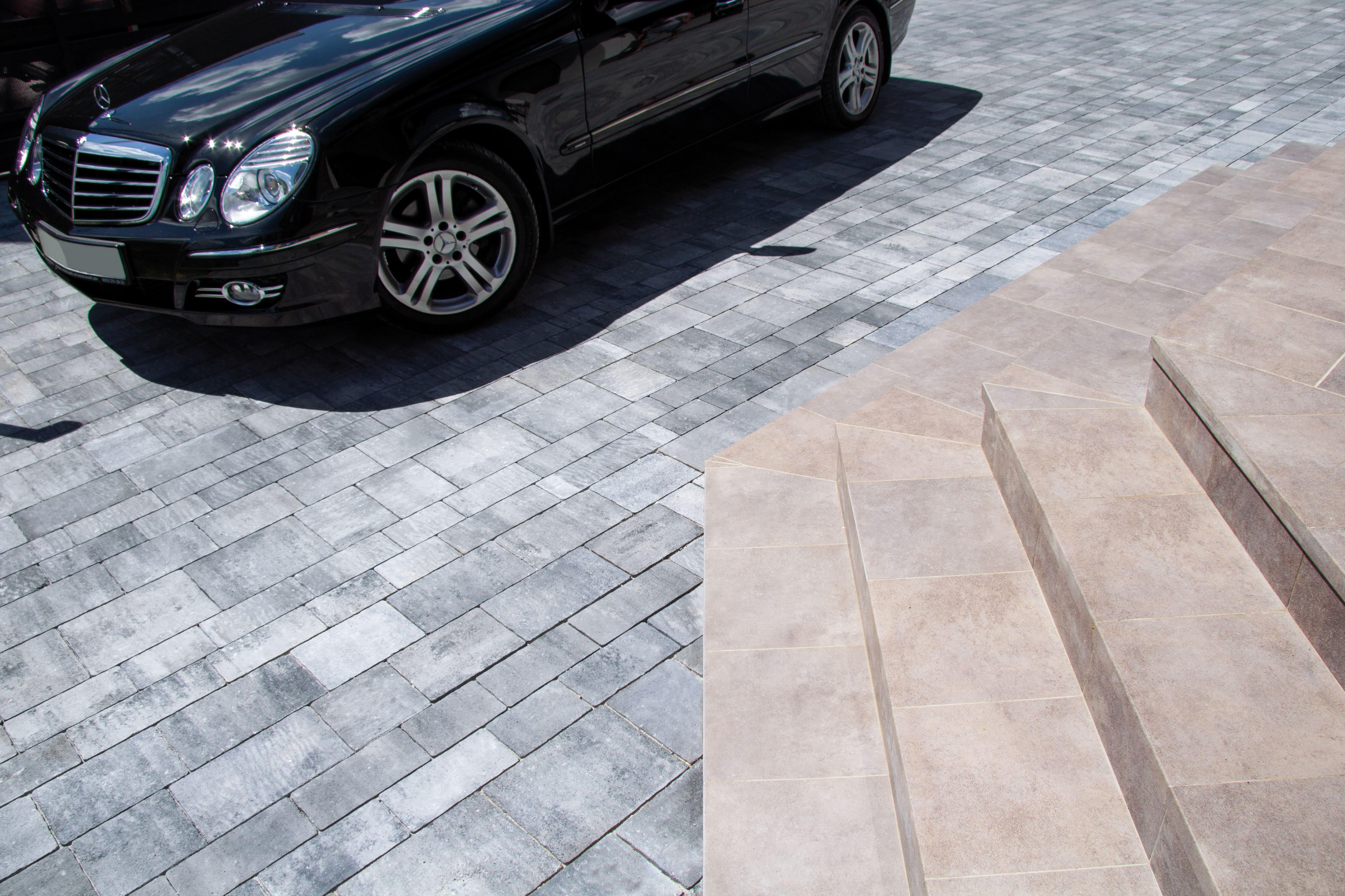 Сіра бруківка від салону тротуарної плитки «Melius» Вінниця