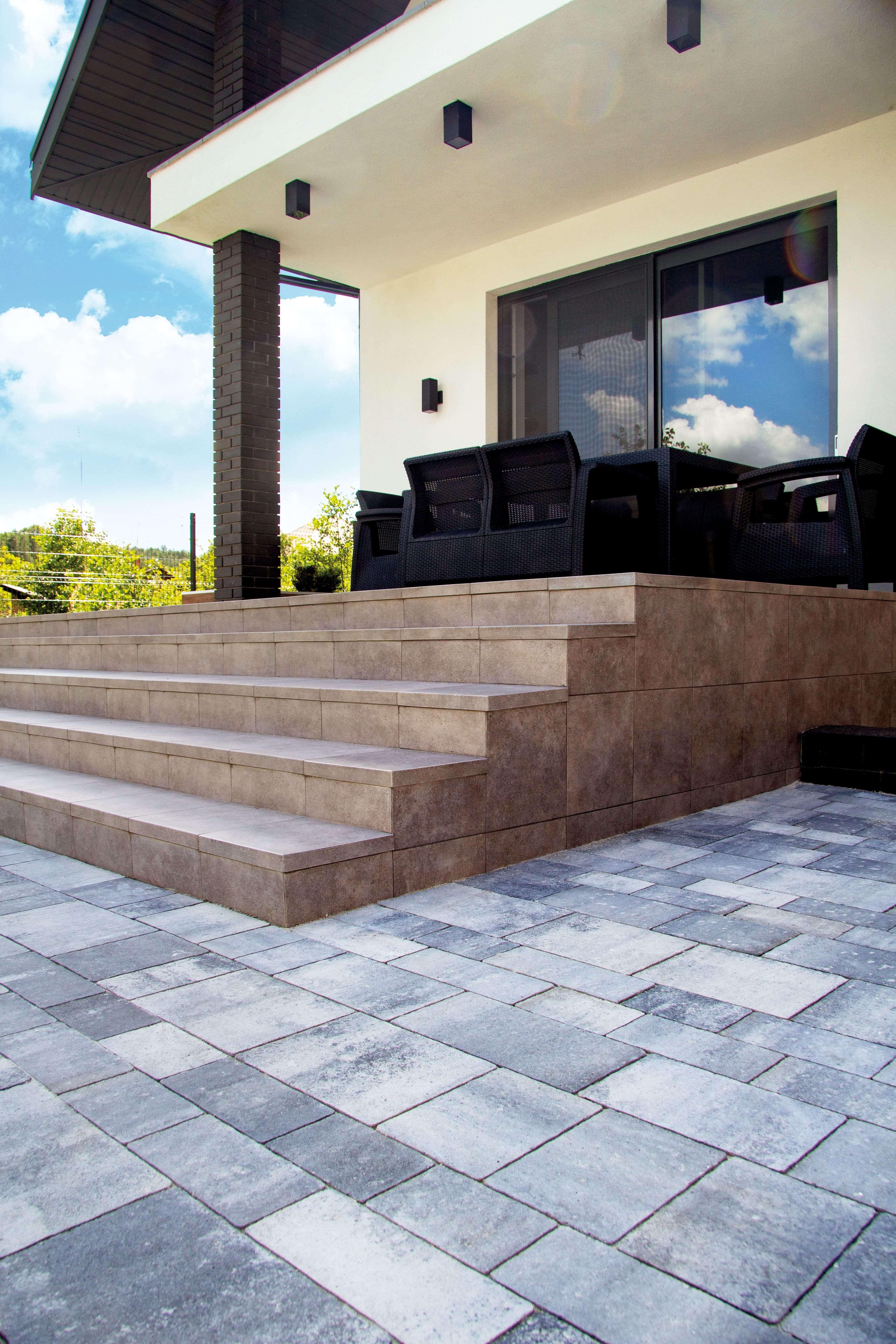 Викладка сходів тротуарною плиткою від салону тротуарної плитки «Melius» Вінниця